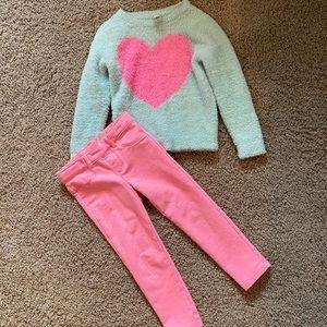 COPY - Oshkosh B'Gosh Pants/Sweater 4T Heart Outf…